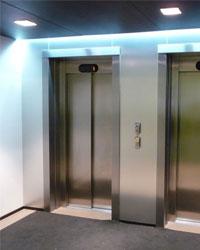 Установка лифта в детском травматическом пункте в Челябинске