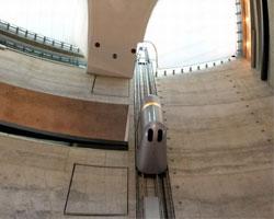 Знаменитые лифты: Mercedes-Benz Museum