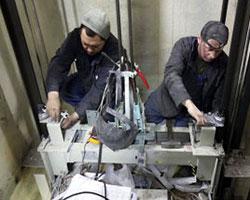 В Новосибирске и области приступают к ремонту лифтов