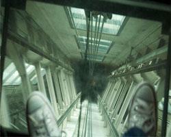 Изобретен лифт в здания с высотой 1 км