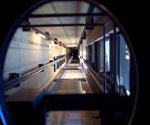 Специалисты компании «Kone» проектируют самый высокий лифт, проводя тестирование на шахте в Финляндии