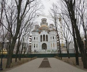 В Храме Святых Жен-Мироносиц построили лифт